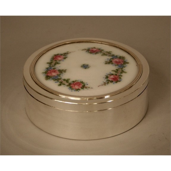 French round silver box