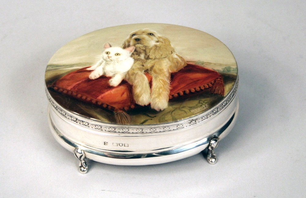 Oval silver box with enamel top